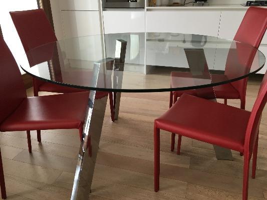 Tavolo in cristallo a verona in compra e vendi annunci for Subito it arredamento verona