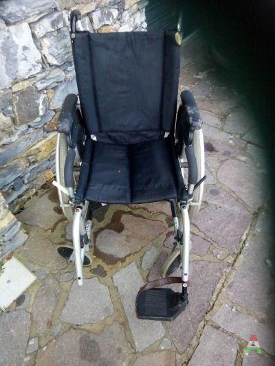 Vendesi sedia a rotelle usata a Genova in Compra e Vendi ...