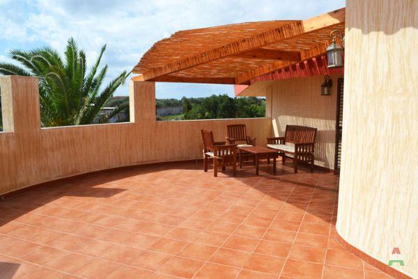 Appartamenti vicino al mare per vacanze a oristano in case for Subito it appartamenti arredati bari