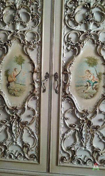 Armadio stile barocco veneziano for Arredamento barocco veneziano