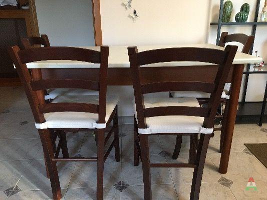 Tavolo da cucina con quattro sedie a Roma in Compra e ...