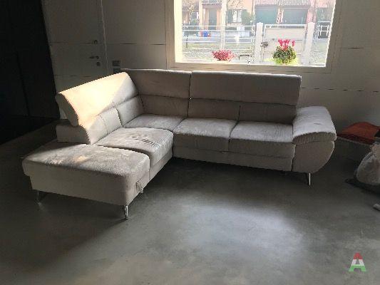 vendo divano letto in buone condizioni a mantova in compra