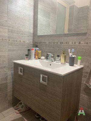 Vendesi mobile bagno con lavabo for Subito it agrigento arredamento e casalinghi